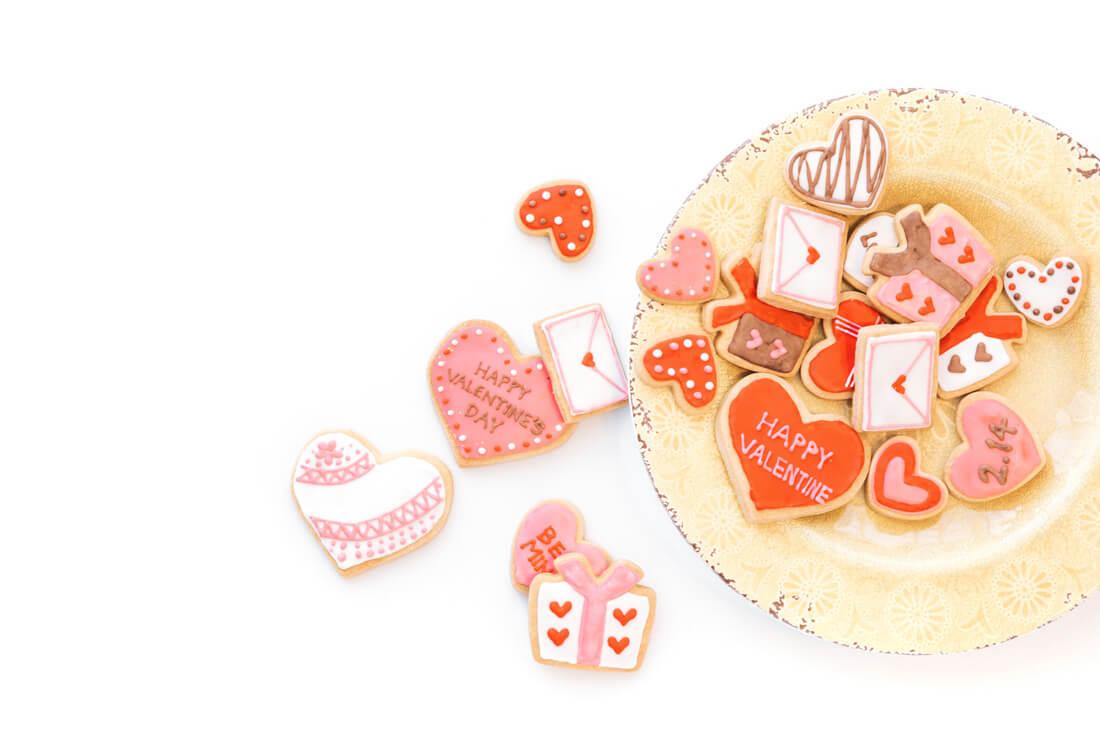 【バレンタインのお菓子にひと工夫】イラストや特別なカードで気持ちを伝えよう
