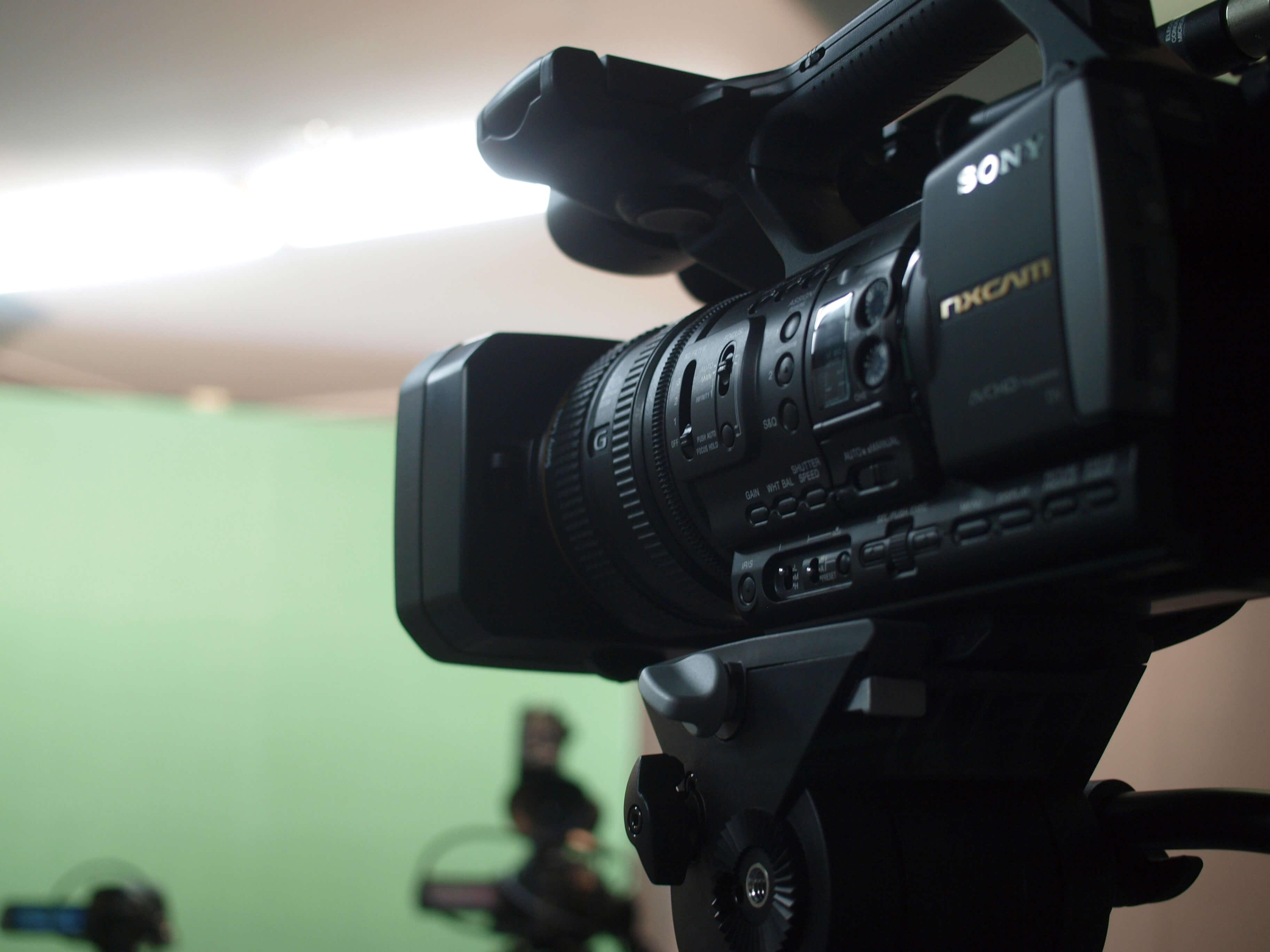 お客様の用途にあわせてご提案。「動画制作サービス」