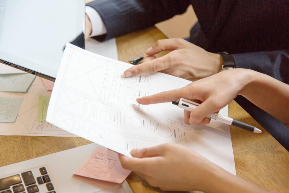 入稿やレイアウト、校正方法をトータルで提供