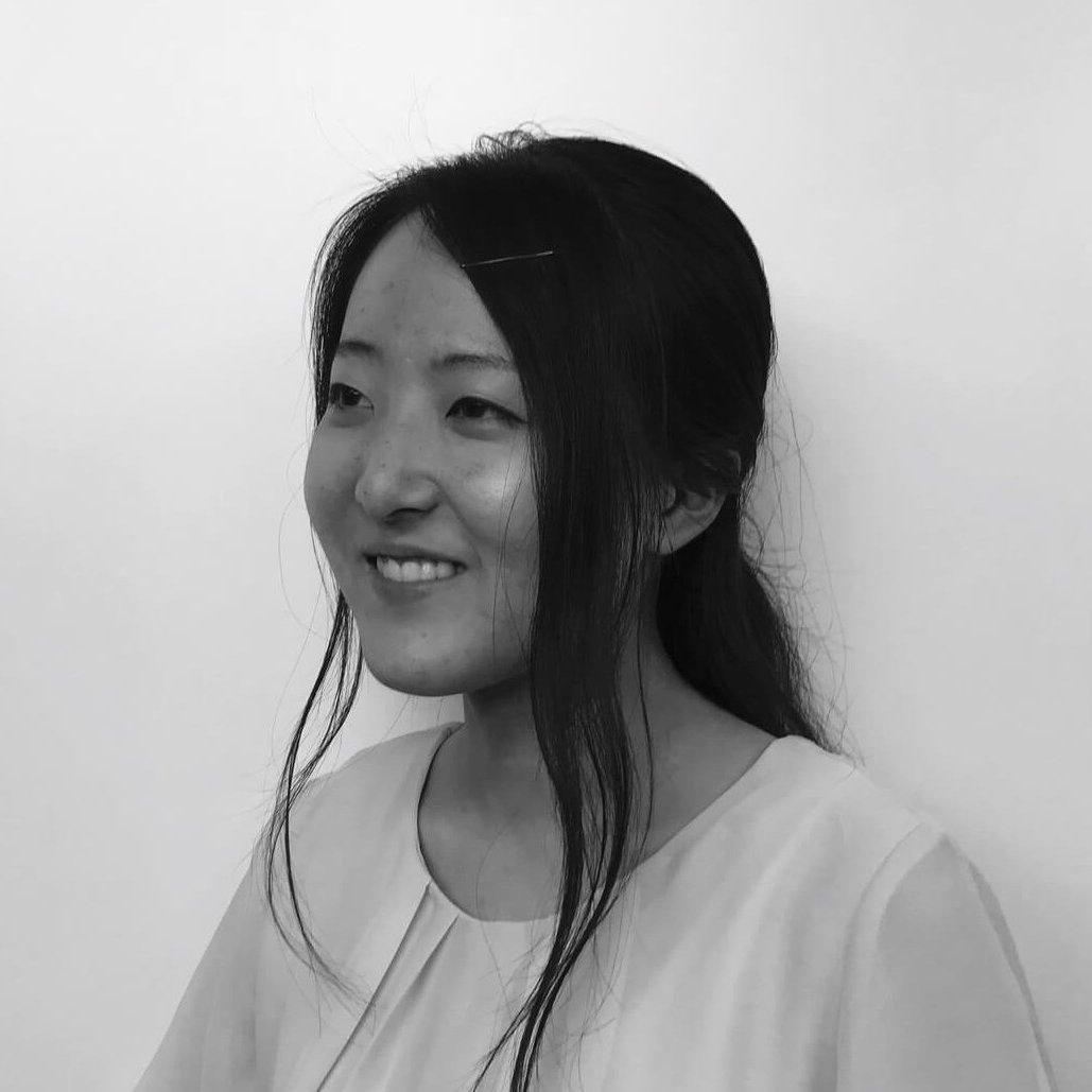 ニシヤマ アカネ