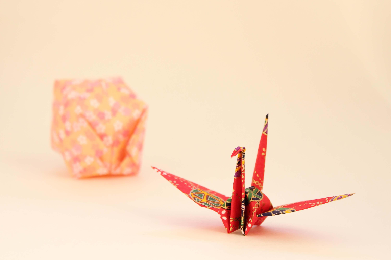 『平和折り鶴再生紙』―広島の折り鶴が、再生紙として蘇る―