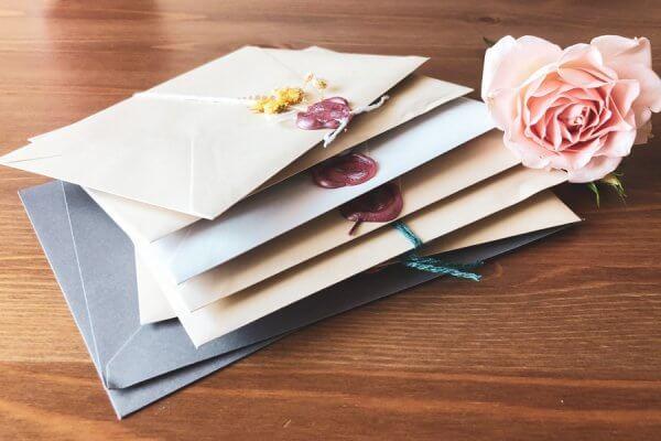 【封筒の種類をご紹介!】用途や目的にあわせて選ぼう
