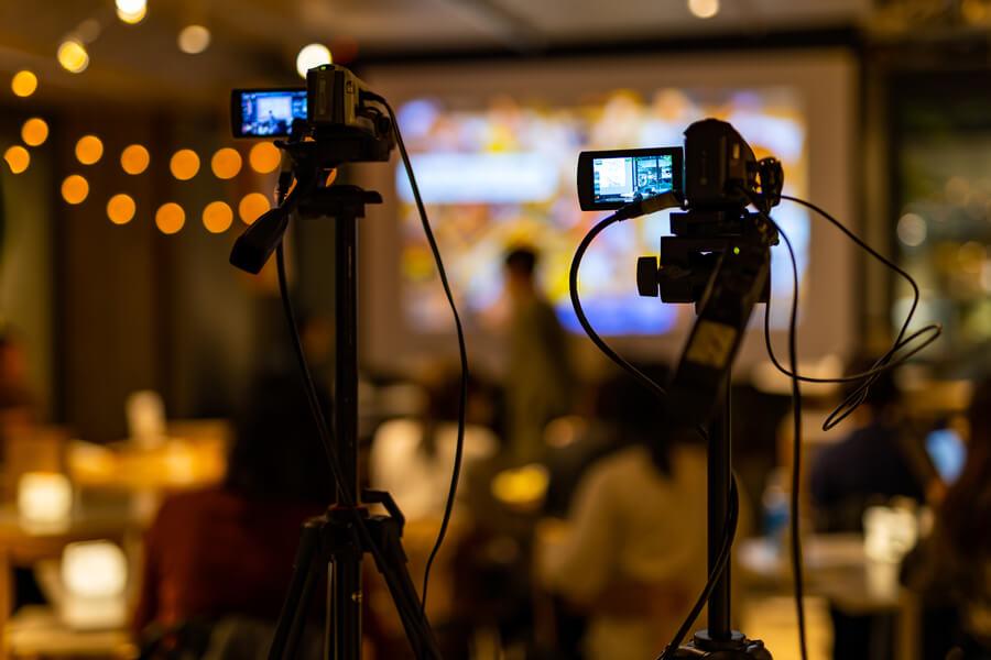 【企業のライブ配信の実績多数】イベントやセミナーの配信、ぜひご相談ください!
