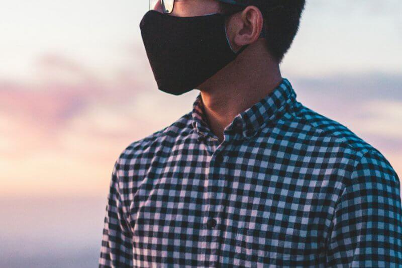 【日本のマスク文化は黒マスクではじまった?!】意外なマスクの歴史