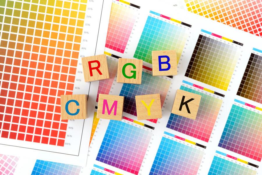 RGBとCMYKの違いとは?【デザインの基礎知識】